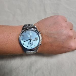 💖AUTHENTIC Silver Marc Jacob's Watch with Blue cl